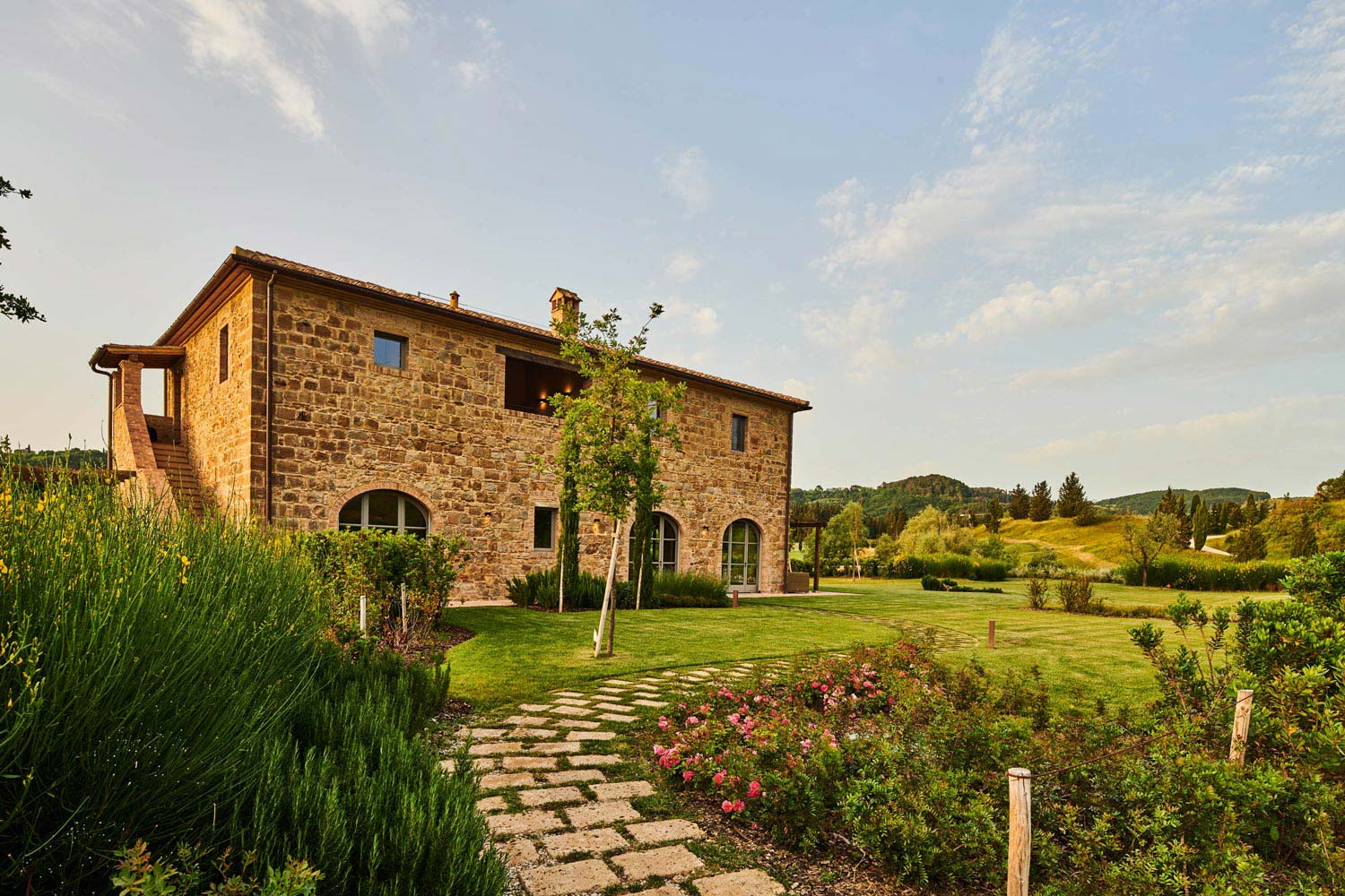Beautiful restored farmhouse for sale in Tuscany