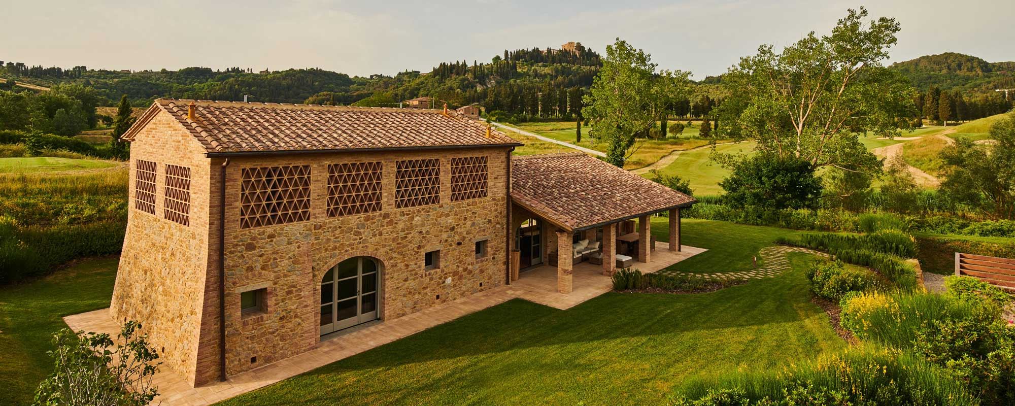 La Spina C, apartment in beautifully-restored Tuscan farmhouse