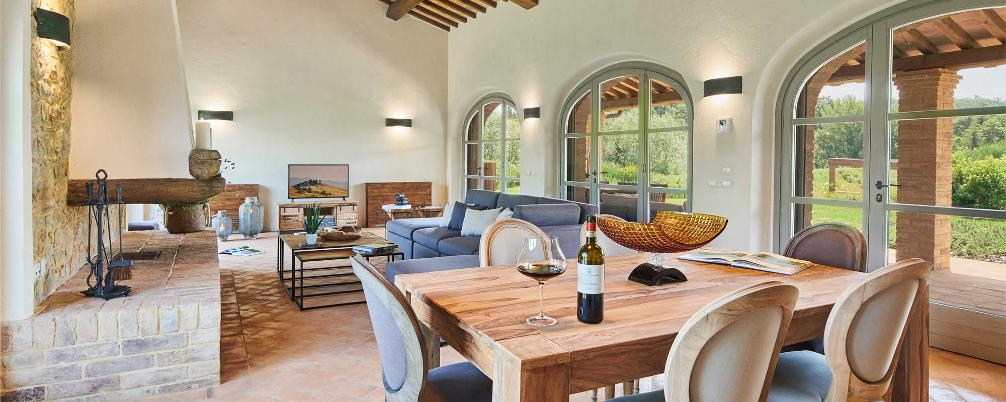 Living/dining room with beautiful view in La Spina C, Castelfalfi